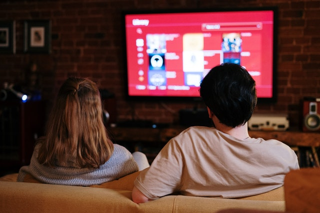 television addiction – How Binge watcHing television may cause obesity